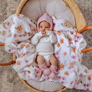 Blush pink woollen bonnet & booties