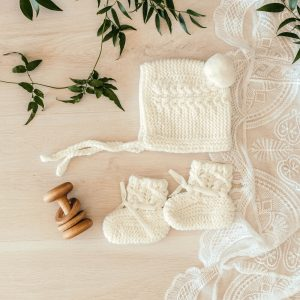Ivory bonnet & booties