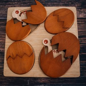 Dino Hatching eggs wooden puzzle